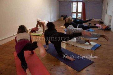 Pure Essence Kundalini Yoga as taught by Yogi Bhajan